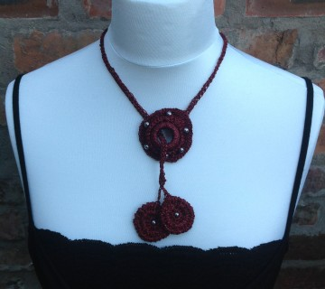 Burgundy Sparkle Lariat Necklace