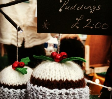 Knitted Christmas Puddings
