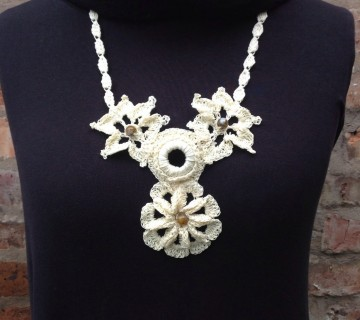 Cream Cotton Crocheted Flower Necklace With Beads