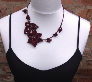 Burgundy Sparkle Flower Freeform Necklace With Beads