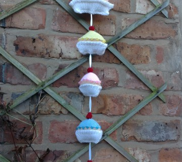 Knitted Cupcakes Wall Hanging