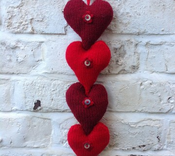 Hanging Heart Knitting Pattern : Crocheted Heart Bunting - Ali Ebden Knits