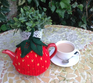 Strawberry Tea Cosy