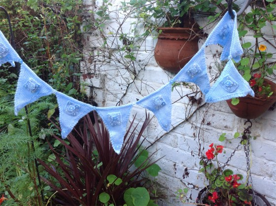 knitted-bunting-blue