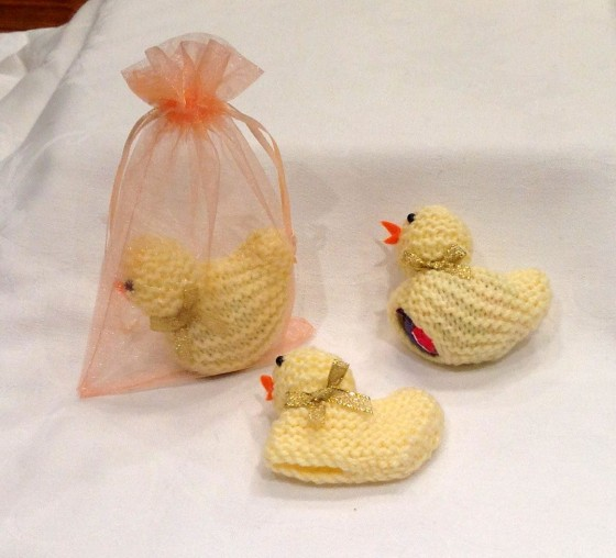 Knitted Easter Chicks