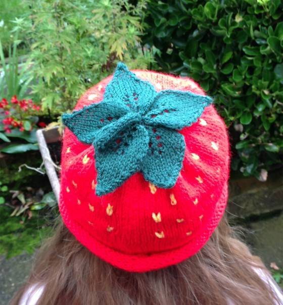 knitted-strawberry-hat